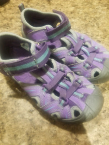Merrell girls size 1 shoes/sandals