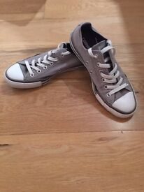 Converse all star uk size 6