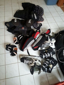 Men's Medium/Large Hockey Equipment