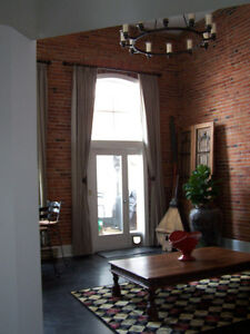 UNIQUE DOWNTOWN CONDO FOR SALE BY OWNER