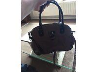 Brown / tan handbag