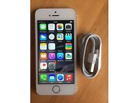 iPhone 5s 16gb White & Silver Unlocked to any Sim or Network