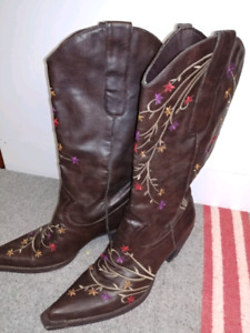 Classy Cowgirl Boots