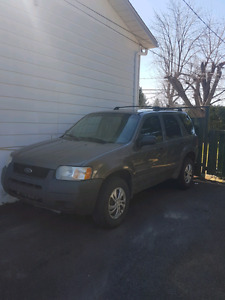 Ford escape v6 4x4 2003