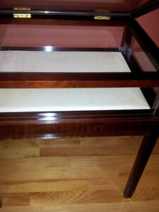 Solid wooden bombay curio table display table London Ontario image 3