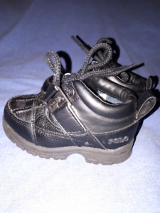 Ralph Lauren Polo Toddler Boys Black Shoes Size 6,EUC