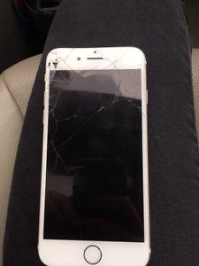 Iphone 6 Gold - broken