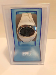 WOMEN'S ROOTS SPORTS WATCH ( NEW)