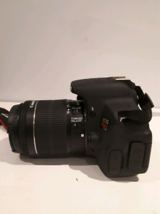 EOS CANON REBEL t5i (700D) AT 600$