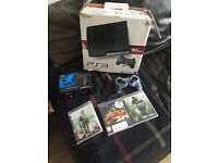 Ps3, 2 controllers and 3 games; need for speed- the run, modern warfare 2 and call of duty 4 160gb