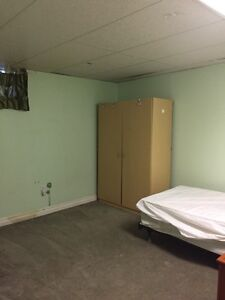 Large room for discounted price $400! Utilities Included!