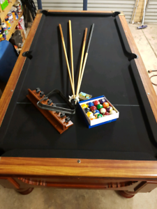Pool table 7 x 4 slate top - delivered and installed