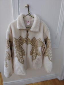 Super beau manteau court, hiver, femme, état neuf, style Polar