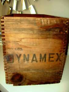 1954 EXPLOSIVE DYNAMITE CRATE Canadian Indust. INDUSTRIAL CHIIC Cambridge Kitchener Area image 3