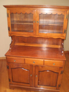 Buffet hutch - REDUCED