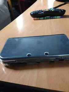 NEW Nintendo 3DS XL With Proctecter