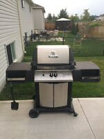 Moving sale- Broil King bbq