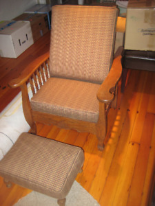 Antique stickley-style reclining arm oak chair & footstool