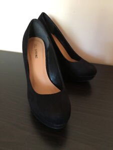 Women Pumps High-heels Black size 7.5-8.5