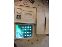 Apple iPad 4th generation 16gb wifi and cellular on vodaphone good condition boxed