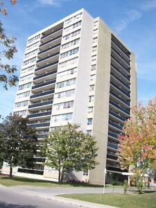 AVAILABLE JULY 1ST! 12th Floor Large 1 Bedroom 700 sq ft