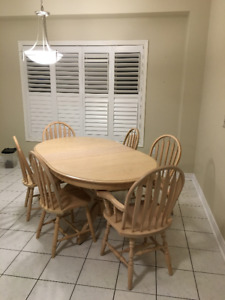 Solid Oak Pedestal Kitchen Table and 6 Chairs