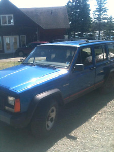 95 Jeep Cherokee 4x4  4L available for parts