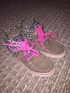 Sperry Top-siders -- size 4 Kawartha Lakes Peterborough Area image 1