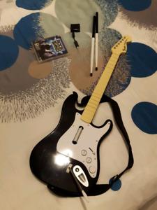 ensemble Rockband PS3 (drum, guitare,micro, jeu, récepteur)