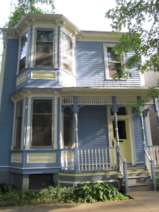 2 bedroom + den upstairs Victorian on Williams St near Quinpool