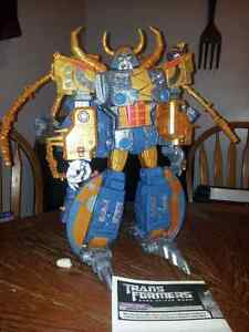 Transformers 25th anniversary Unicron figure