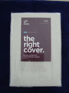 Duvet cover set.