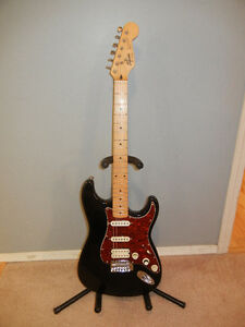 Squier by Fender Stratocaster SSH Coil Split Guitar