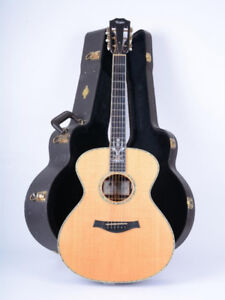 USA Taylor 30th anniversary acoustic electric * EXCELLENT *