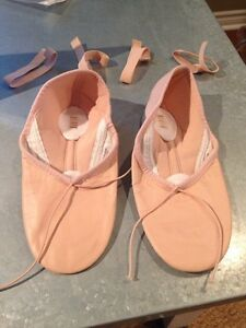 New! Bloch leather split sole ballet slippers