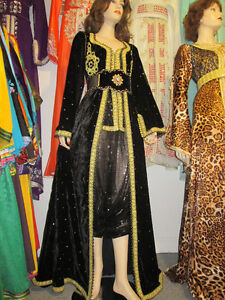 LOCATION CAFTAN TAKCHITA MAROCAIN A PRIX ABORDABLE ET IMBATTABLE