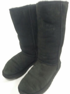 *UGG - woman boots - winter - size 8 or 39*