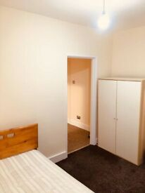 DOUBLE/SINGLE ROOMS AVALIABLE-DSS ACCEPTED-IMMEDIATE MOVE IN-NO DEPOSIT NEEDED