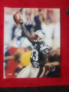 DEION BRANCH New England Patriots Signed  Photo -  NFL Hologram