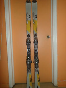 Skis parabolique Atomic Beta Carv C 9+ excellent état 159 cm