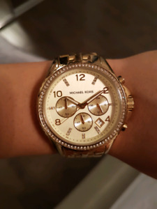 Micheal kors watch / montreal
