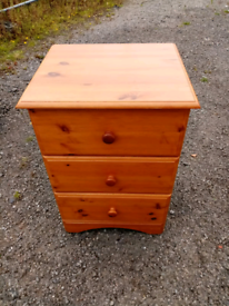 Pine Bedside Drawers