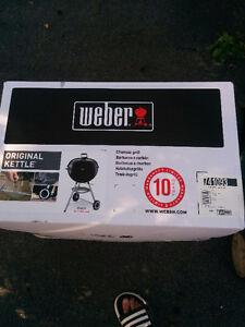 Bbq au charbon Weber neuf dans la boîte