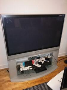 table de télévision
