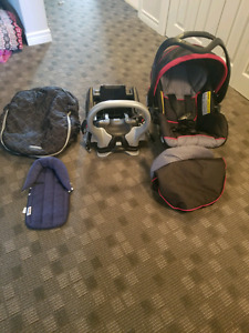 Baby trend infant car seat with extras