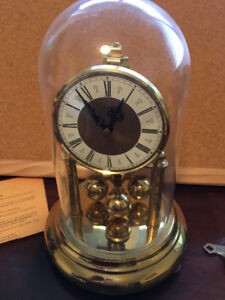 Vintage Kerr Glass Domed Anniversary Clock