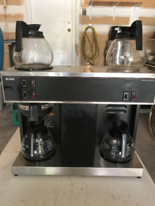 Bunn VPS Commercial Coffee Machine w 4 Flasks