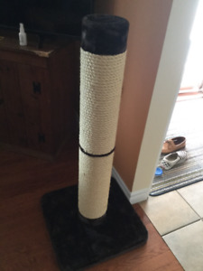 Cat Scratching post - never used!