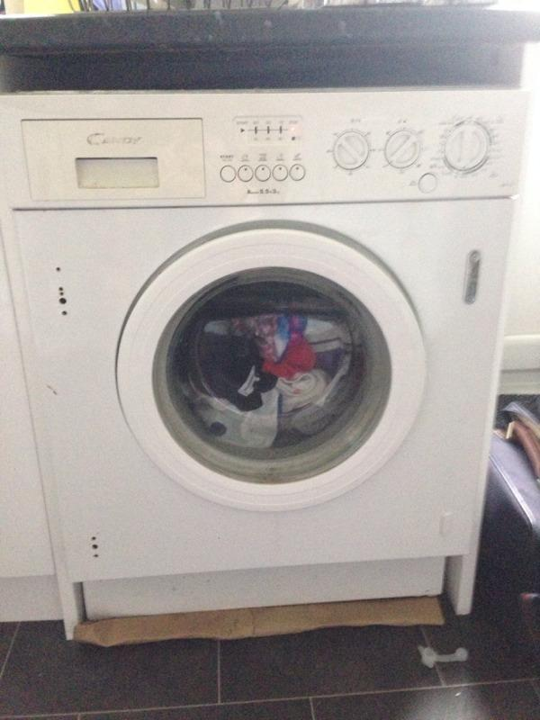 washing machine with tumble dryer on top
