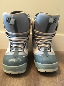 Blue and White Flow Womens Boots size 8